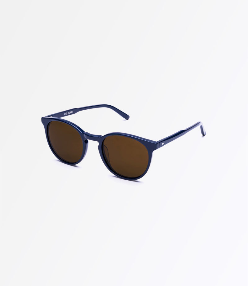 https://welcomeeyewear.com/wp-content/uploads/2019/01/rx19-sun-navy-side.jpg