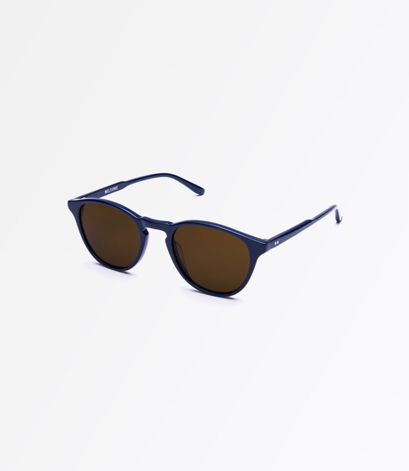 https://welcomeeyewear.com/wp-content/uploads/2019/01/rx20-sun-navy-side.jpg