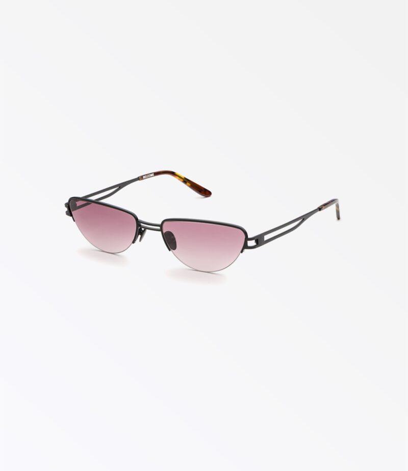 https://welcomeeyewear.com/wp-content/uploads/2019/01/welcome-eyewear-c18s4-concorde-matte-black-metal-wine-gradient-lenses-side-view-1.jpg